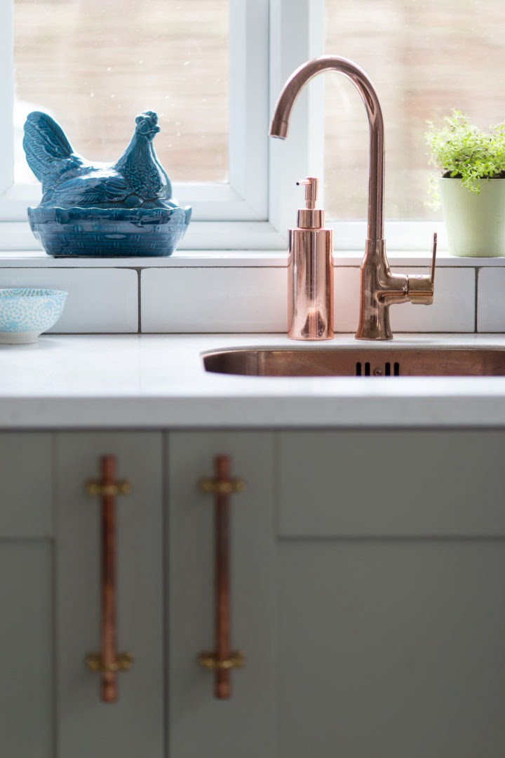 Copper accessories for a newly renovated kitchen