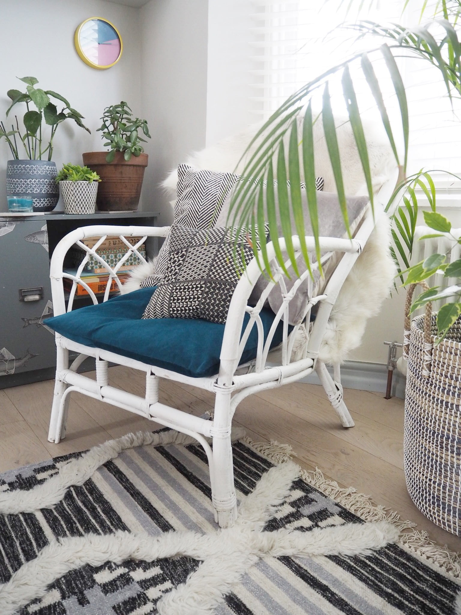 A budget Living Room makeover with lots of before and after shots - with a boho vibes by Maxine Brady from WeLoveHomeBlog