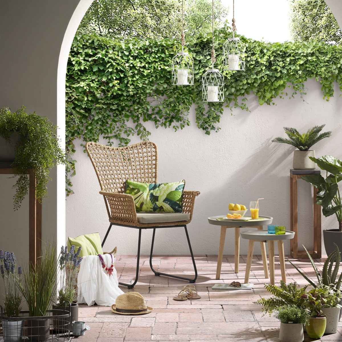 Clever Ideas For Small Gardens Welovehome