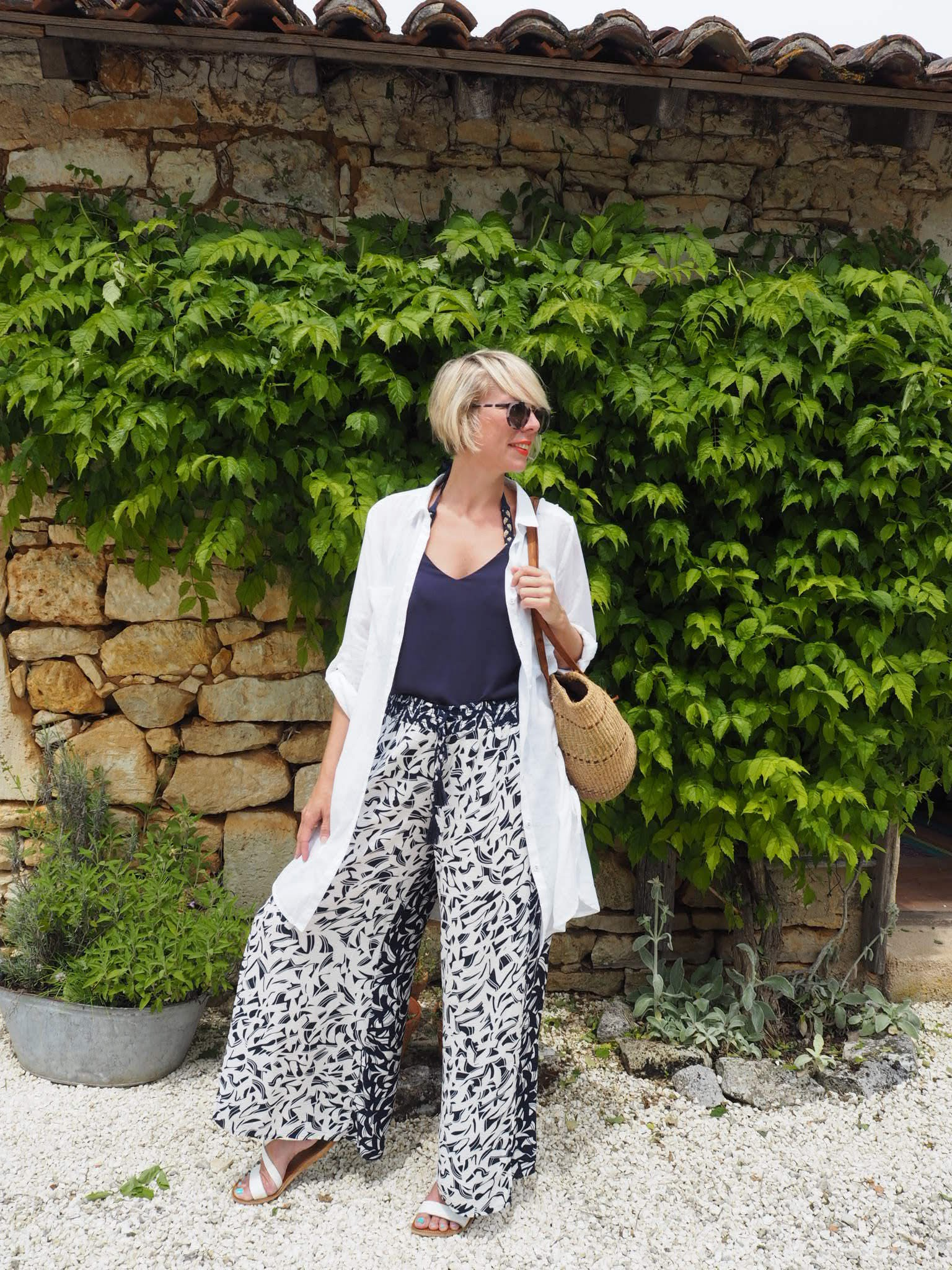Lifestyle blogger Maxine Brady shares her summer style rules so that you can have the effortless looks for your holiday look.
