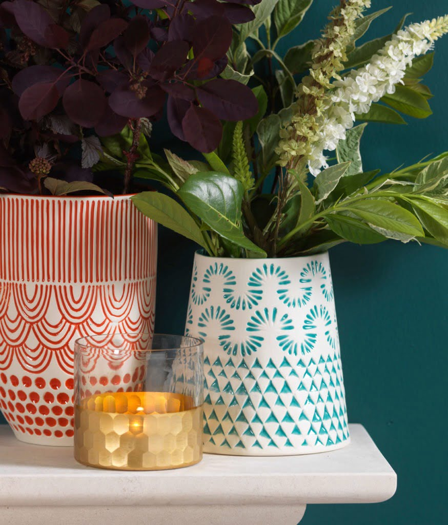 In this post, Interior Stylist Maxine Brady picks out her highlights from Traidcraft new homeware collection so you can style your very own fair trade home