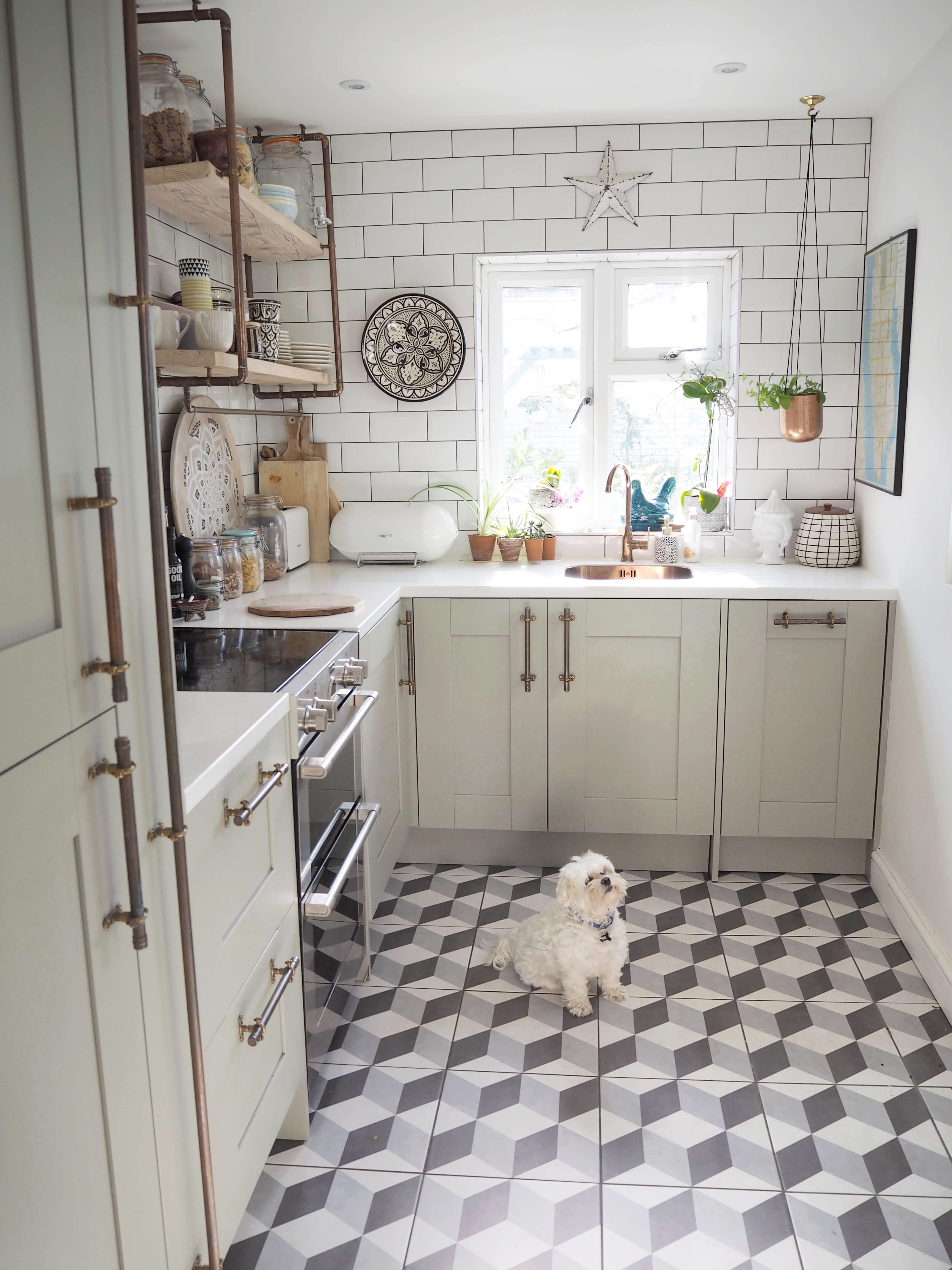 Expert advice to make your small kitchen look amazing no matter what it's size including design tips and storage ideas - Interior Stylist Maxine Brady