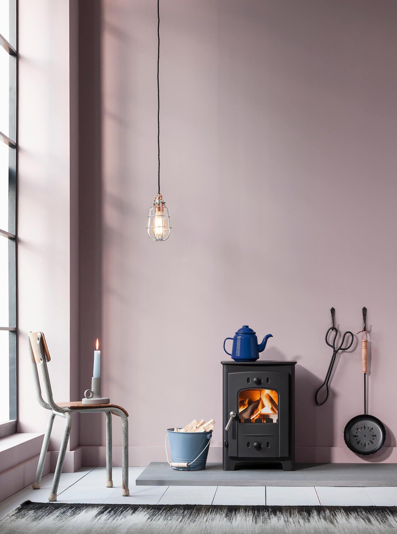7 snuggly fireplaces settings to inspire you in time for Christmas by interior stylist & lifestyle blogger Maxine Brady from We Love Home blog