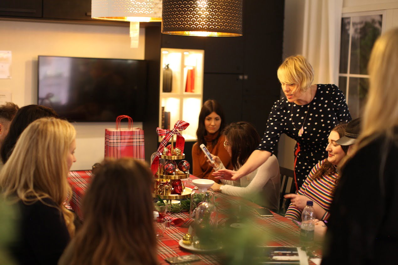 IKEA and Secret Styling Club host a festive feast workshop for a select group of influencers to show how you can style your home ready for Christmas.