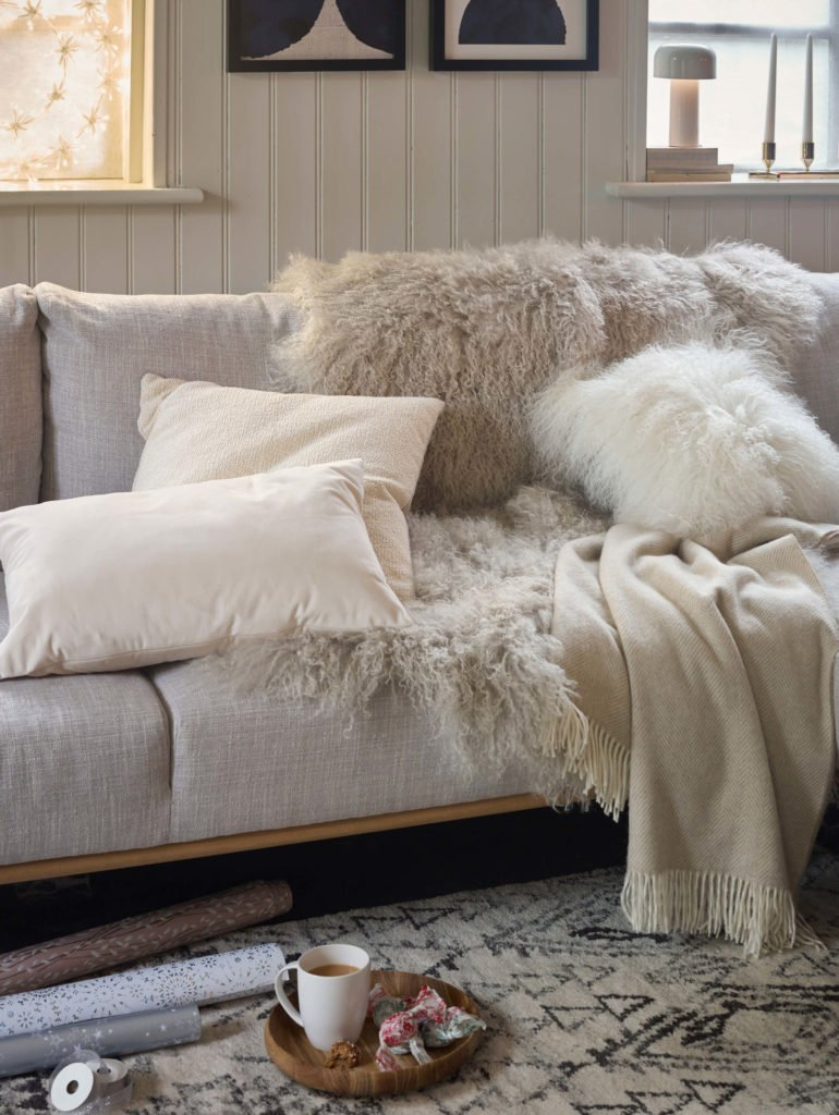 Tried and tested Autumn style updates that will transform your home into an inviting space. Let's get cosy says interior stylist Maxine Brady