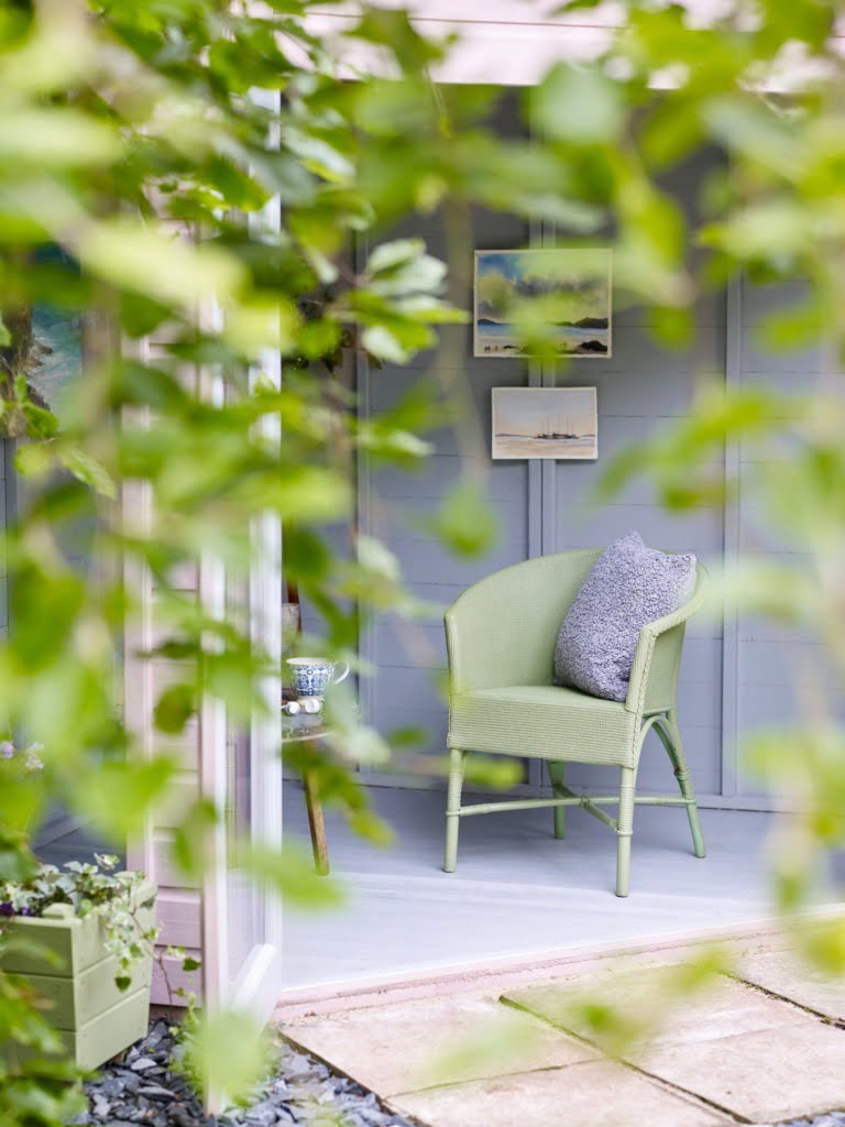 With summer just around the corner, now is the ideal time to vamp your outdoor space with these gorgeous garden paint ideas with Protek exterior paints