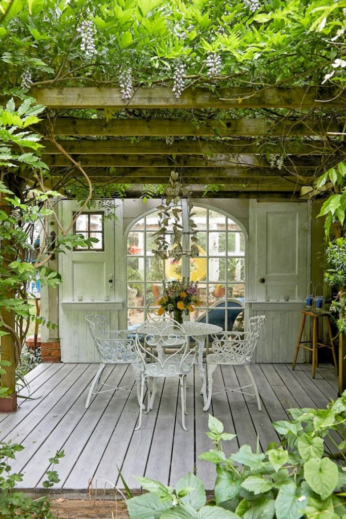 Want to set your home up as a location house?Want to know how much money you could make? Read on for the low down from interior stylist Maxine Brady.