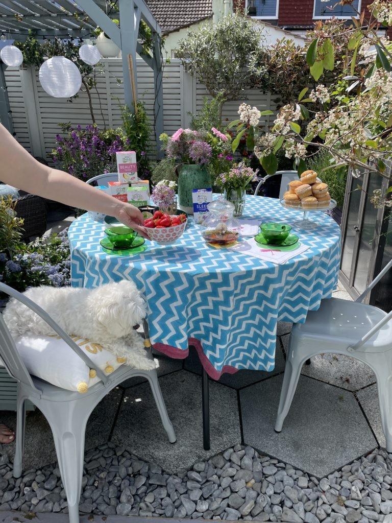 How to style the perfect summer tea party to enjoy with family & friends by interior stylist Maxine Brady